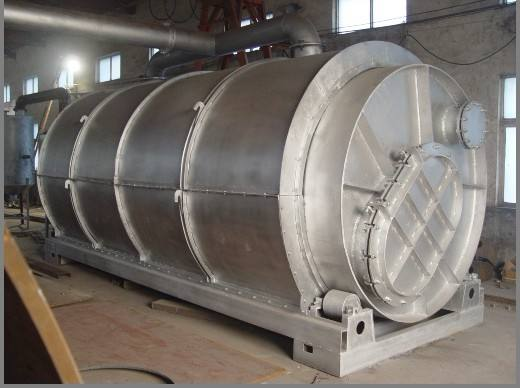 Waste tire refining equipment